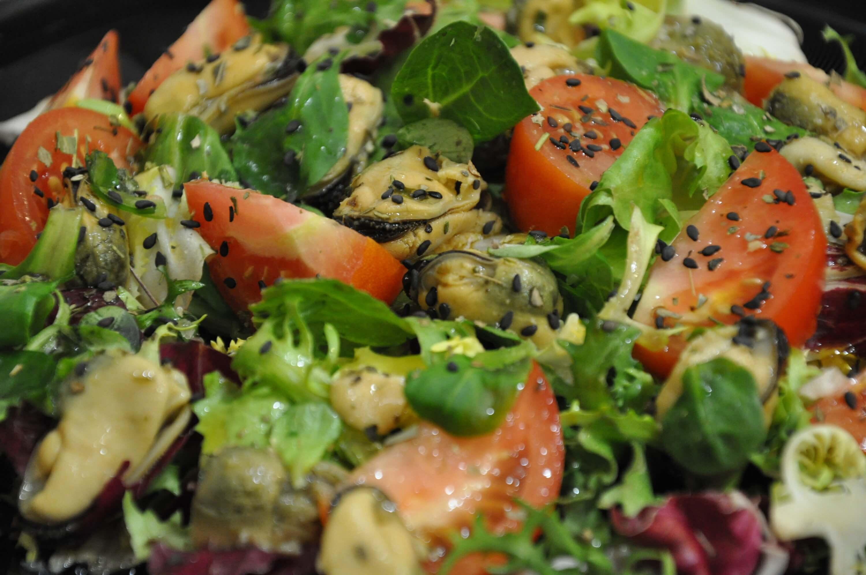 Как сделать салат из мидий